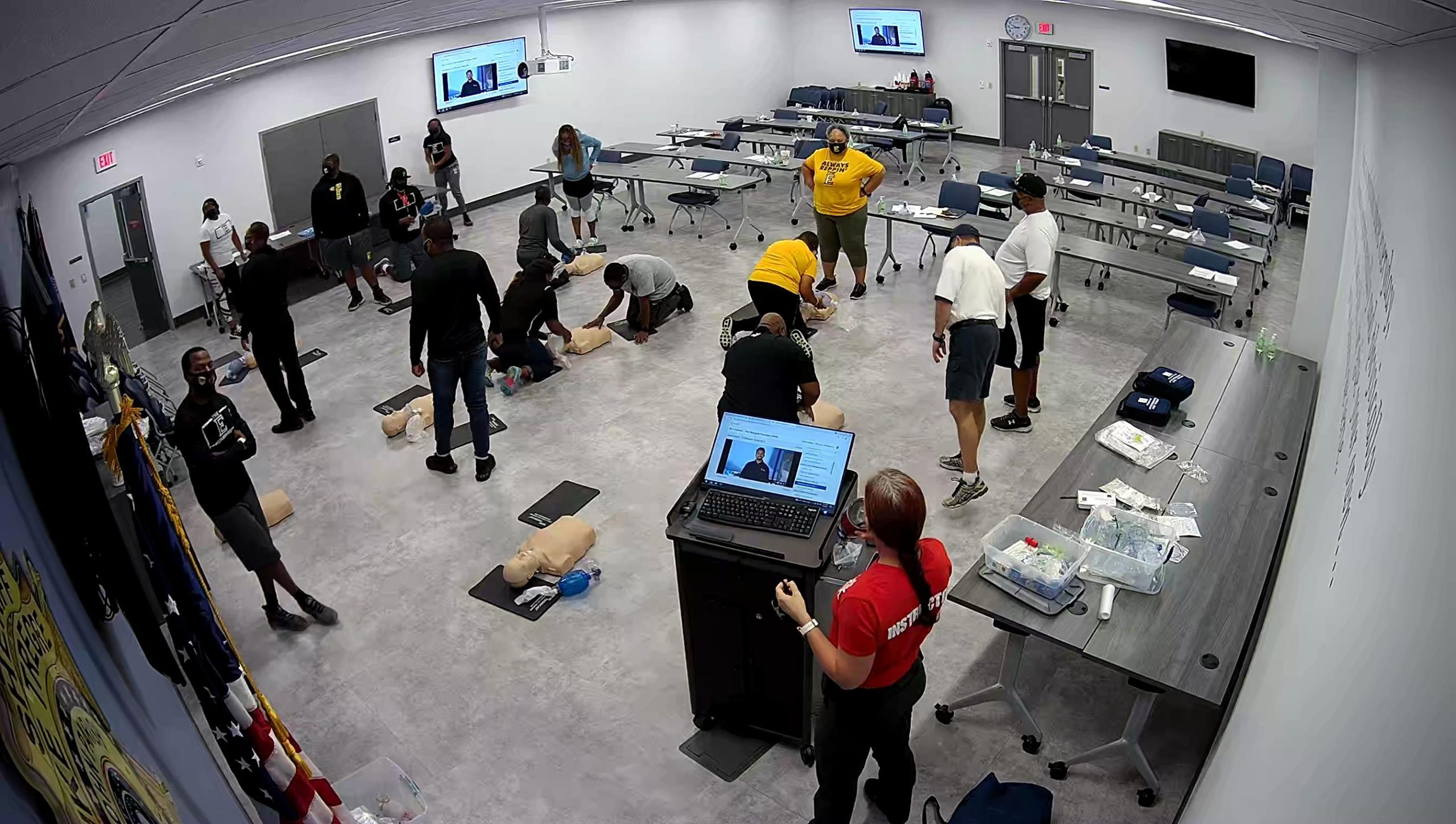 Sheriff's Office Trains ESJ Coaches in CPR/AED